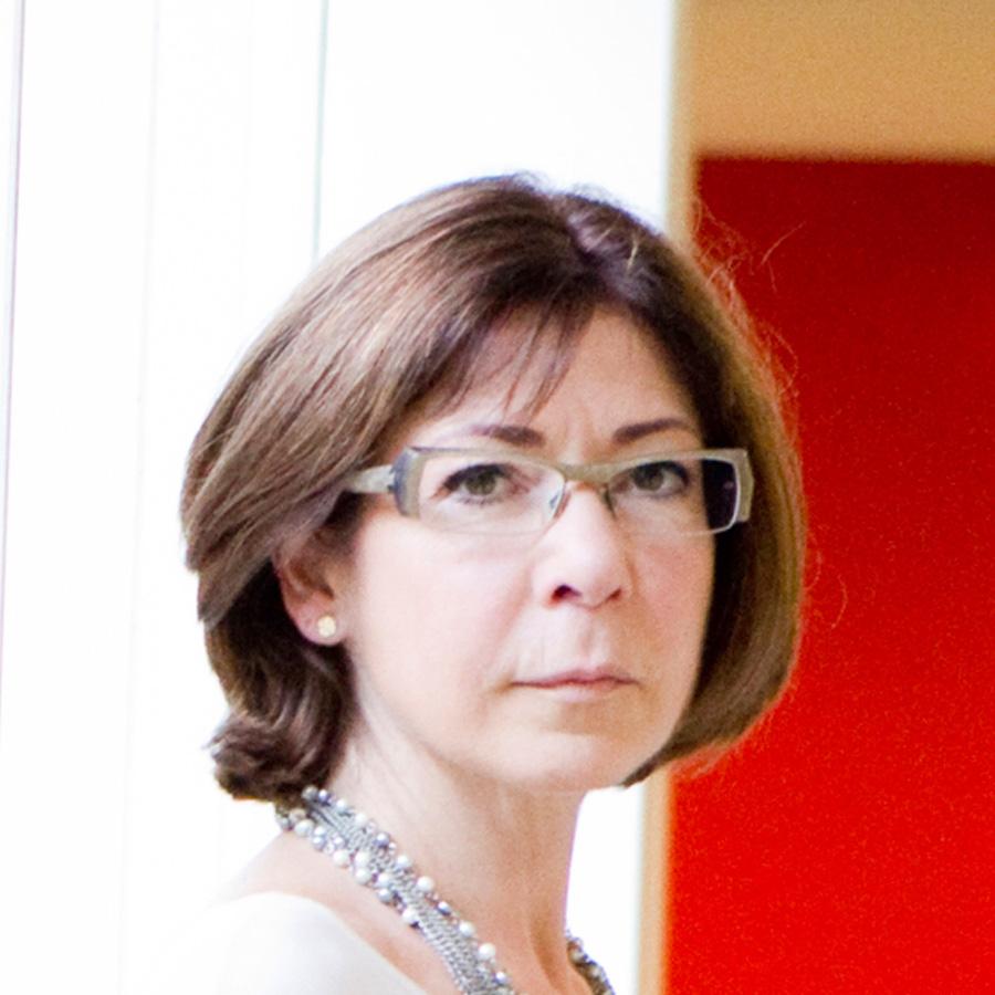 Viviane De Beaufort, Directrice